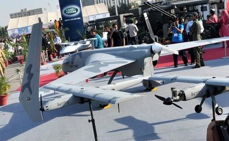 dronedebate111.jpg
