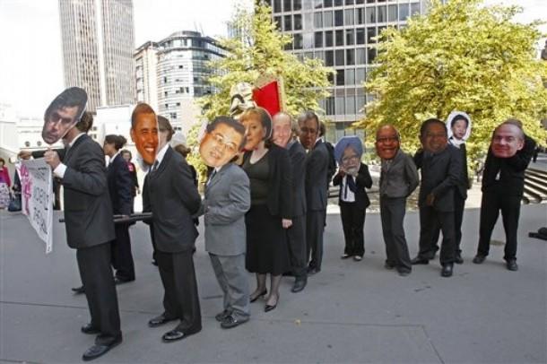 g20protestors.jpg