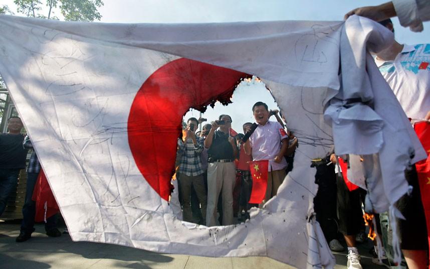japanese-flag_2341797k.jpg