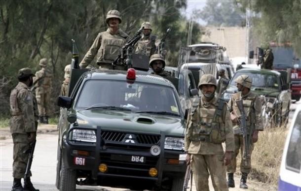 pakistanfightstaliban.jpg